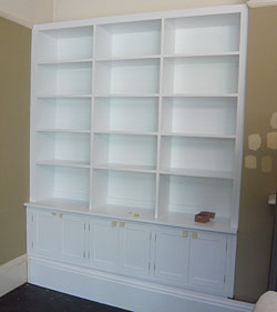Custom Fitted Bookcases and Cupboards